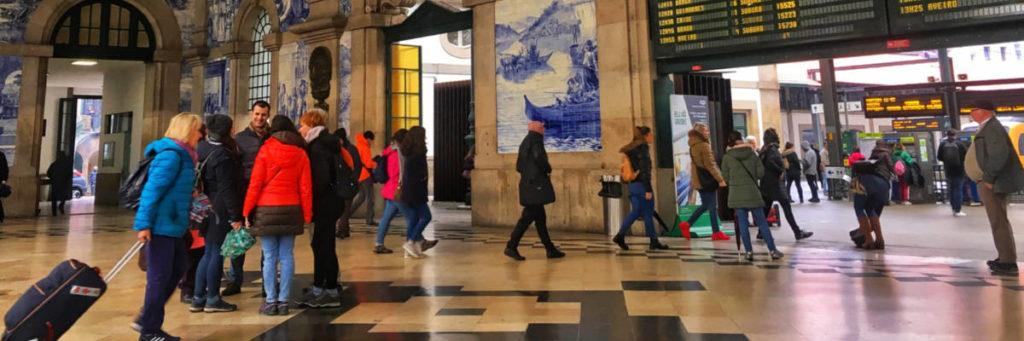 estação de trem na cidade do Porto Portugal não residente