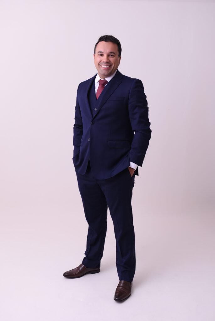 Vitor Diniz - advogado tributarista